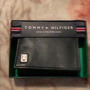 Wallet tommy hilfiger black